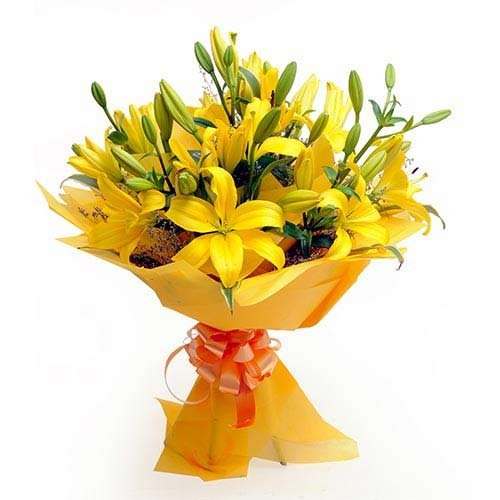 10 Yellow Lillies Bunch