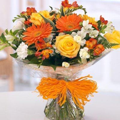 12 Mix Seasonal Flowers Bunch