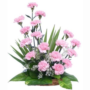 1384589306 1 18 Pink carnations arrangement pink carnation flower arrangements on birthday cake and flower delivery in delhi