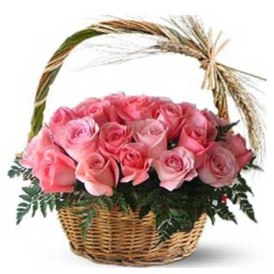 30 Pink Rose Basket