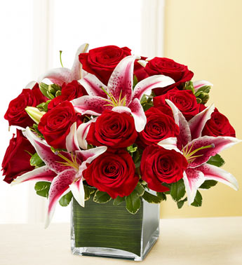 Roses and Lilium in Vase