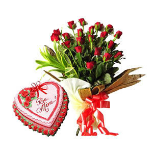 15 red roses bunch with 1 kg heart shape strawberry cake and a Greeting card