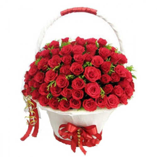 Round Big 100 Red Colour Roses Basket