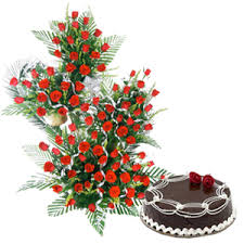 100 Red Roses Arrangement with 1 KG Chocolate Truffle Cake