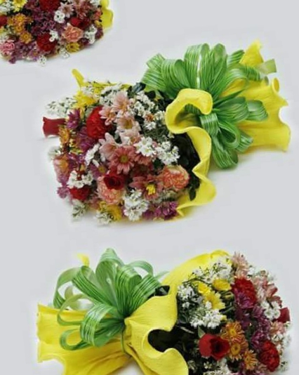 18 Mix Flowers Bouquet in Bulk 5