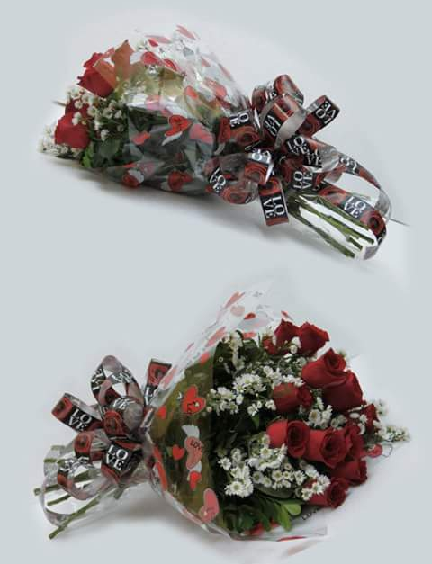 12 Roses Bouquet in Bulk 10