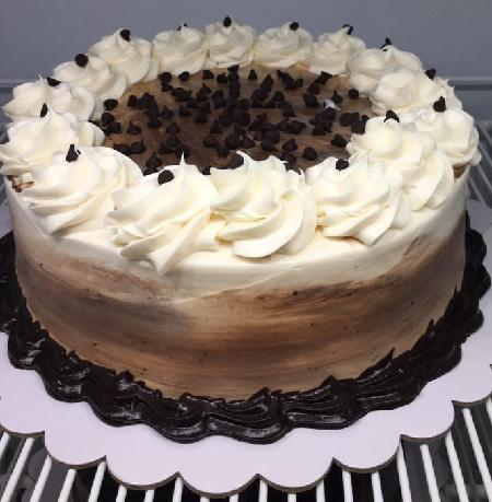 Butterscotch Mousse Cake with Choco Chips