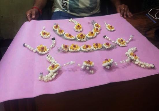 Flowers Jewellery Haldi 2