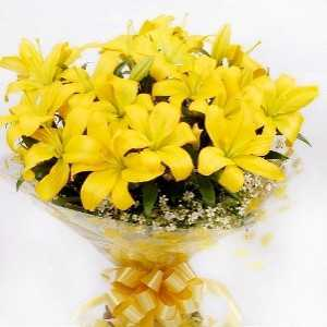 15 Yellow Lilies Bouquet