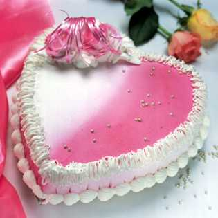 3 KG heart Shape Strawberry Cake