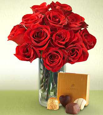 12 Roses in Vase Handmade Chocolate