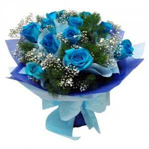 12 blue rose bunch