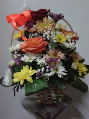 18 Mix Flowers Basket