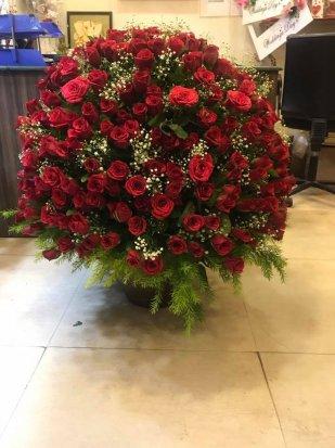 200 Roses Basket