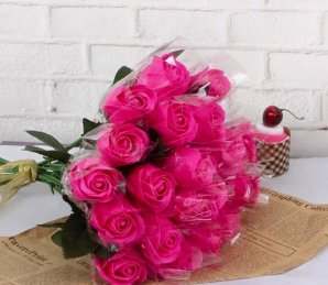 Rani Pink Roses Bouquet
